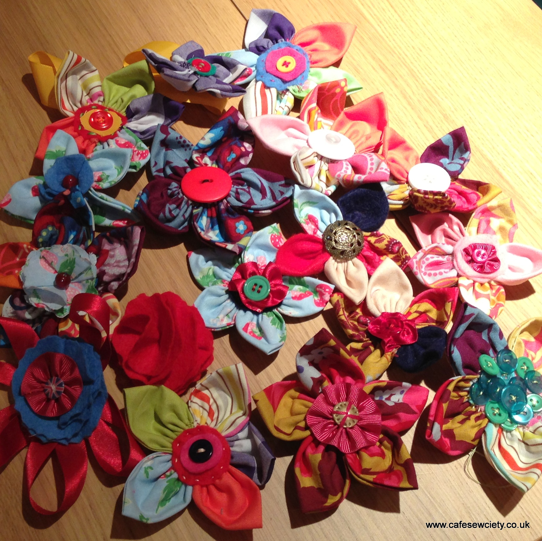 Party Make - Fabric Flowers